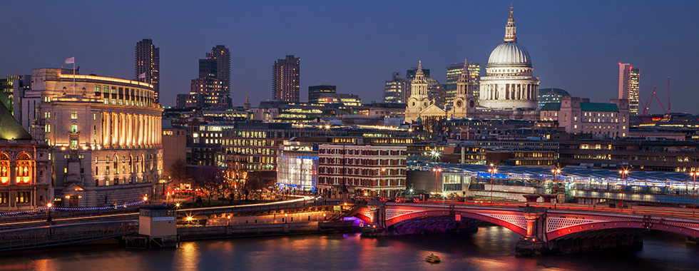 St Pauls Cathedral, London skyline, river thames