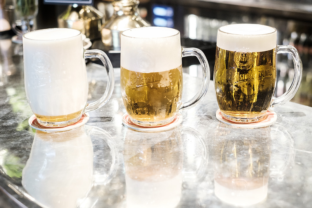 Pilsner Urquell, Pours, Lager