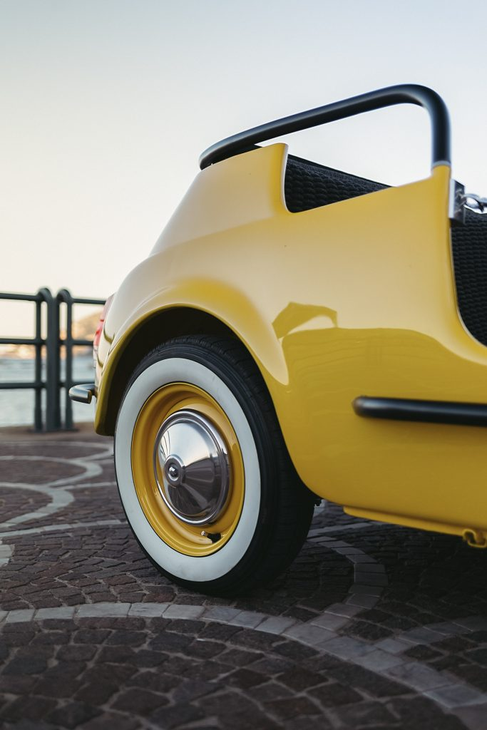 You Can Now Rent An Electric 1960 S Fiat 500 Spiaggina For Your