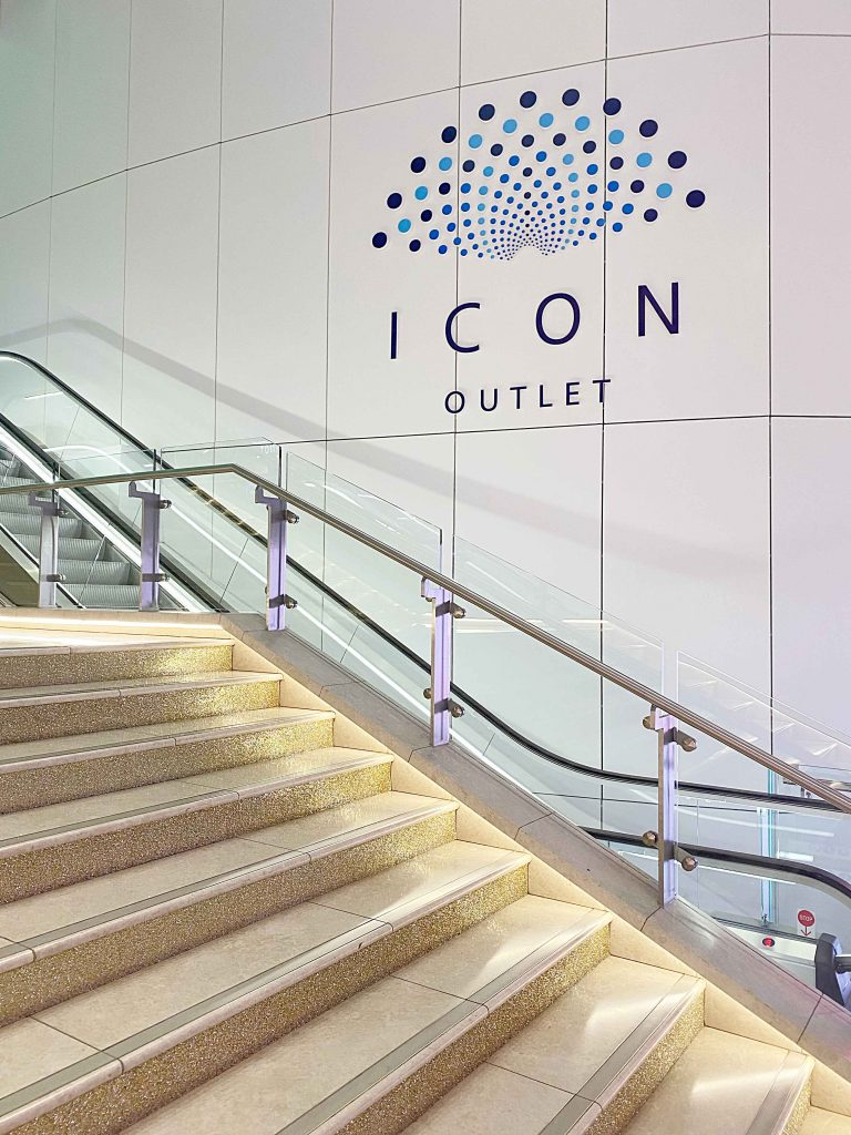 icon outlet at the o2 review