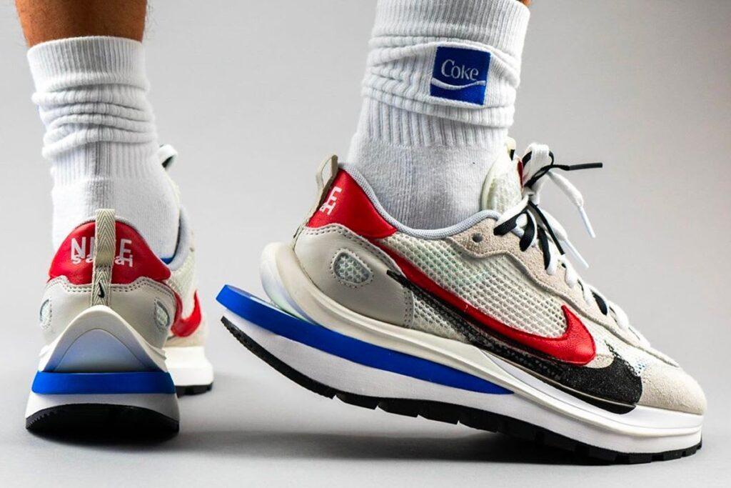 Sacai x Nike Pegasus VaporWaffle SP Sail/Sport Fuchsia/Game Royal