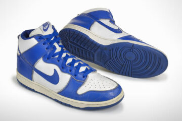 nike dunk blue and white